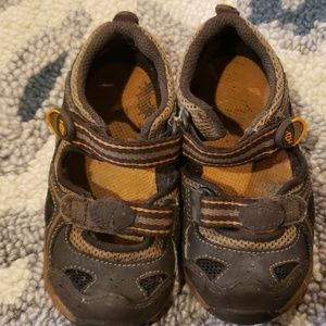Stride Rite Made to Play sandals for boys